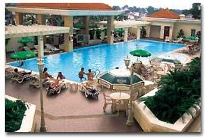 eq hotel pool