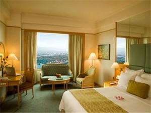 renaissance guestroom